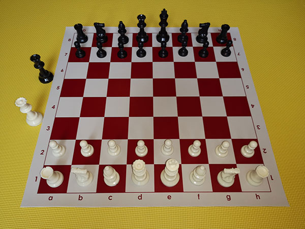 Chess set - red